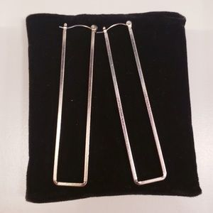 Cute rectangular shape earrings